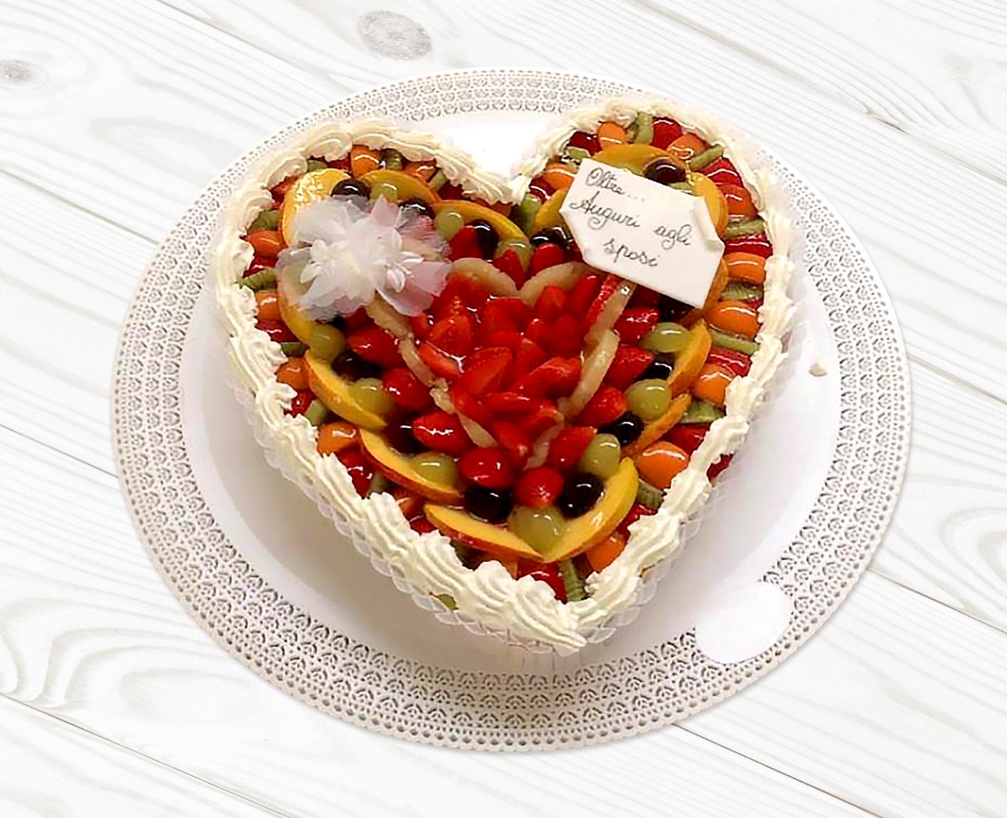Torta-Cuore-di-Frutta