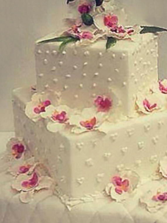 Torta-Matrimonio-Tamburo-Quadrato-in-Pasta-di-Zucchero