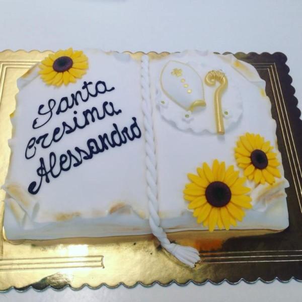 Pasticceria modenese torta cresima libro con soggetti in - Decorazioni per cresima ...