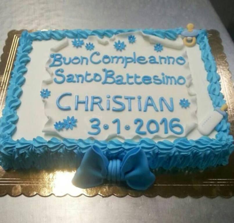 Torta Battesimo con Pergamena e Fiocco in Pasta di Zucchero