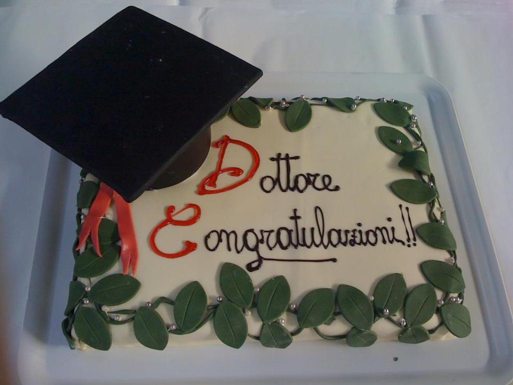 pasticceria modenese torta laurea cake design con libro